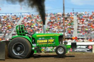 Outlaw Tractor Pull @ Walter Johnson Park Grandstand